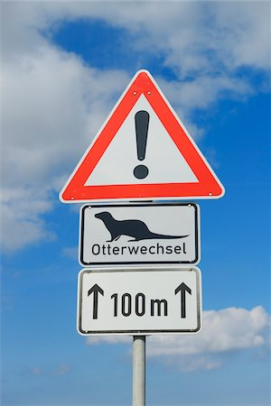 sign - Otter Crossing Sign, Fischland-Darss-Zingst, Mecklenburg-Western Pomerania, Germany Stock Photo - Premium Royalty-Free, Code: 600-06962164