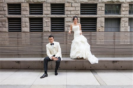 festive - Portrait of Bride and Groom Outdoors, Toronto, Ontario, Canada Stock Photo - Premium Royalty-Free, Code: 600-07062767