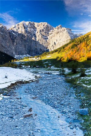 Creek with Karwendel Mountains in Autumn, Grosser Ahornboden, Alpine Park Karwendel, Tyrol, Austria Stock Photo - Premium Royalty-Free, Code: 600-07143678