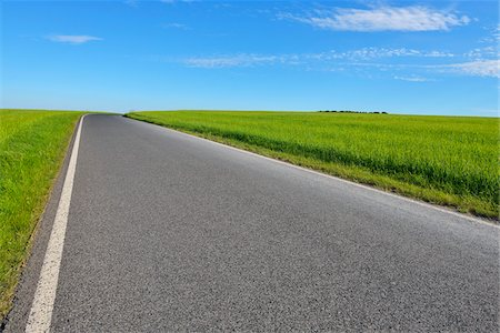 forward - Country Road in Spring, Altertheim, Bavaria, Germany Stock Photo - Premium Royalty-Free, Code: 600-07156448