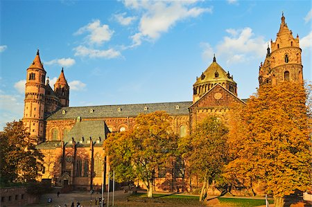 Worms Cathedral in Autumn, Worms, Rhineland-Palatinate, Germany Stock Photo - Premium Royalty-Free, Code: 600-07199351