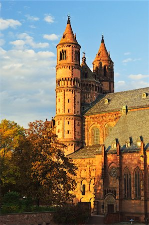 Worms Cathedral in Autumn, Worms, Rhineland-Palatinate, Germany Stock Photo - Premium Royalty-Free, Code: 600-07199352