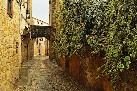 fall - Scene from the Old Town, Rhodes City, Rhodes, Dodecanese, Aegean Sea, Greece, Europe Stock Photo - Premium Royalty-Free, Code: 600-07199959