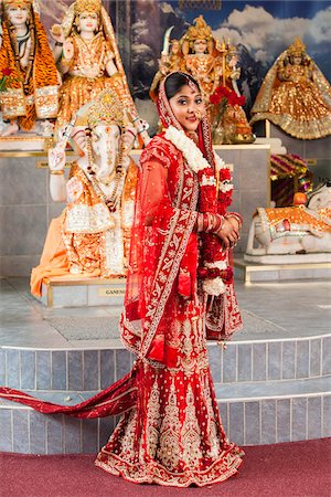 Portrait of Hindu Bride, Toronto, Ontario, Canada Stock Photo - Premium Royalty-Free, Code: 600-07204155