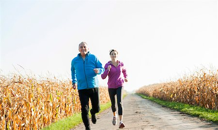 Couple Jogging Outdoors, Baden-Wurttemberg, Germany Stock Photo - Premium Royalty-Free, Code: 600-07236610