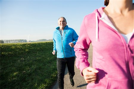 Couple Jogging Outdoors, Mannheim, Baden-Wurttemberg, Germany Stock Photo - Premium Royalty-Free, Code: 600-07237890