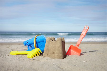summer - Beach Toys and Sand Castle at Beach, Saint-Jean-de-Luz, Pyrenees-Atlantiques, France Stock Photo - Premium Royalty-Free, Code: 600-07279376