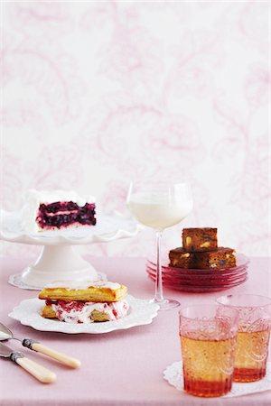sweets - Victorian Desserts for High Tea, Studio Shot Stock Photo - Premium Royalty-Free, Code: 600-07311289