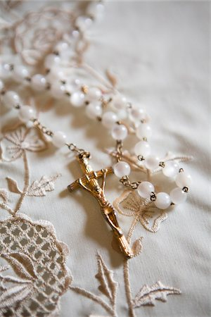 religious cross nobody - Close-up of Rosary Stock Photo - Premium Royalty-Free, Code: 600-07434997
