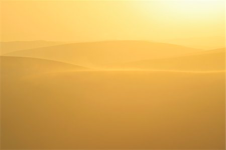 Golden Glow on Sand Dunes with Morning Mist, Matruh, Great Sand Sea, Libyan Desert, Sahara Desert, Egypt, North Africa, Africa Stock Photo - Premium Royalty-Free, Code: 600-07431210
