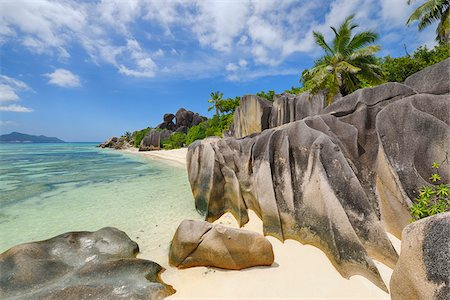 Rock Formations and Palm Trees, Anse Source d´Argent, La Digue, Seychelles Fotografie stock - Premium Royalty-Free, Codice: 600-07453851