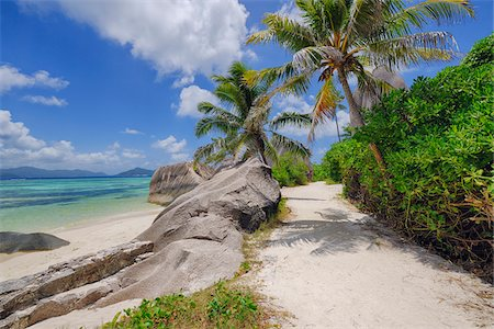 Footpath through Rocks and Palm Trees, Anse Source d´Argent, La Digue, Seychelles Stock Photo - Premium Royalty-Free, Code: 600-07453862