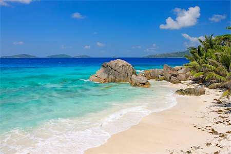 Beach with Turquoise Water, La Digue, Seychelles Stock Photo - Premium Royalty-Free, Code: 600-07453863