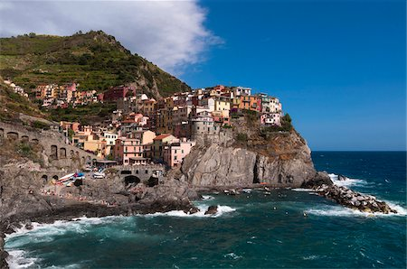 Manarola, Cinque Terre, La Spezia District, Italian Riviera, Liguria, Italy Stock Photo - Premium Royalty-Free, Code: 600-07487523