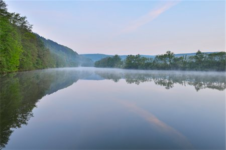 scenic view - River Main in the Dawn, Spring, Dorfprozelten, Spessart, Franconia, Bavaria, Germany Stock Photo - Premium Royalty-Free, Code: 600-07599957
