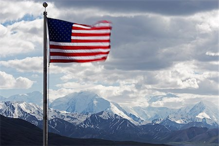 American Flag and Mountains, Denali National Park, Alaska, USA Stock Photo - Premium Royalty-Free, Code: 600-07650729