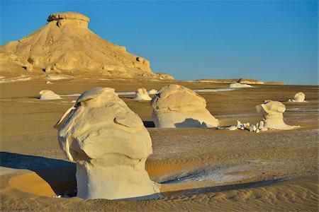 Rock Formations in White Desert, Libyan Desert, Sahara Desert, New Valley Governorate, Egypt Stock Photo - Premium Royalty-Free, Code: 600-07689531