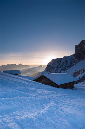 scenic view - Mountain hut, Passo Gardena and Sella Group, Val Gardena, Bolzano District, Trentino Alto Adige, Dolomites, Italy Stock Photo - Premium Royalty-Free, Code: 600-07745054