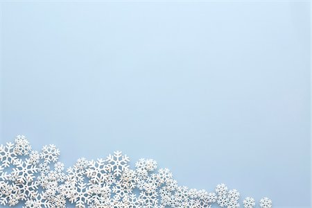 snowflakes  holiday - Snowflakes on Blue Background Stock Photo - Premium Royalty-Free, Code: 600-07784044