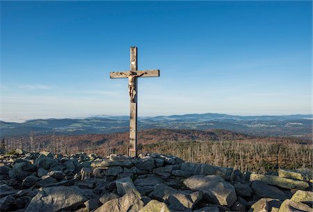 religious cross nobody - Scenic view of a mountain top (Lusen) with crucifix cross at summit, Bavarian Forest National Park, Bavaria, Germany Stock Photo - Premium Royalty-Free, Code: 600-07911236