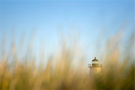 The Edgartown Lightouse as seen through beach grass in Edgartown, on the island of Martha's Vineyard, Massachusetts, USA Stock Photo - Premium Royalty-Free, Code: 600-07945109
