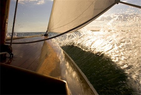 sailboat  ocean - Sailing aboard an SS class sailboat from the Museum of Yachting in Newport, Rhode Island, USA Stock Photo - Premium Royalty-Free, Code: 600-07945123