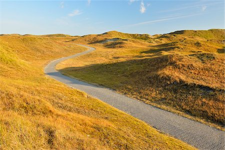 scenic view - Dunes Cycleway in Summer, Norderney, East Frisia Island, North Sea, Lower Saxony, Germany Stock Photo - Premium Royalty-Free, Code: 600-07945247