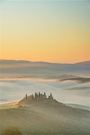 Podere Belvedere near San Quirico d'Orcia at Sunrise, Val d'Orcia, Siena, Tuscany, Italy Stock Photo - Premium Royalty-Free, Code: 600-07966035