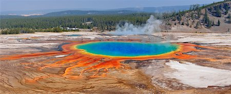 extreme terrain - Grand Prismatic Spring at Midway Geyser Basin, Yellowstone National Park, Teton County, Wyoming, USA Stock Photo - Premium Royalty-Free, Code: 600-08002211