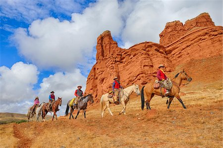 five animals - Cowboys and Cowgirls Riding Horses, Wyoming, USA Stock Photo - Premium Royalty-Free, Code: 600-08026201