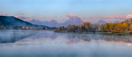 Oxbow Bend of Snake River with Mt Moran in Autumn at Sunrise, Grand Teton National Park, Wyoming, USA Stock Photo - Premium Royalty-Free, Code: 600-08082857