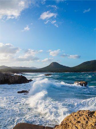 Waves Crashing on Rocks, Majorca, Balearic Islands, Spain Stock Photo - Premium Royalty-Free, Code: 600-08102863