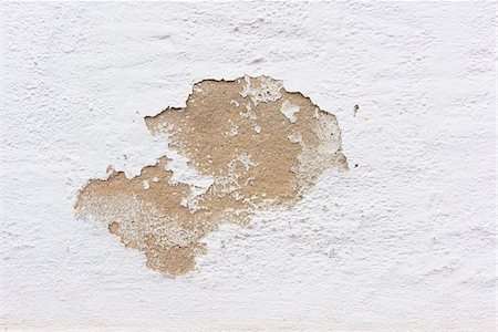 Close-up of paint peeling on exterior stone wall of house, Odenwald, Hesse, Germany Stock Photo - Premium Royalty-Free, Code: 600-08145809