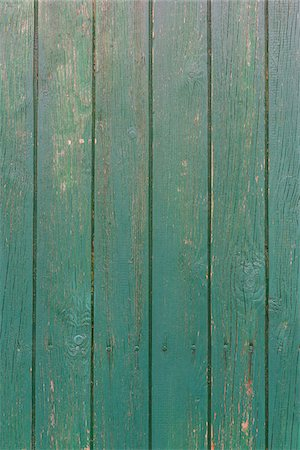 Close-up of barn boards painted green, Odenwald, Hesse, Germany Stock Photo - Premium Royalty-Free, Code: 600-08145803