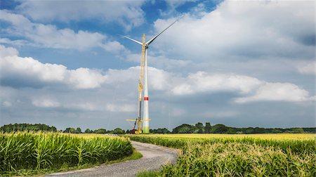 Construction of wind turbine, Alpen, Wesel, North Rhine-Westphalia, Germany Stock Photo - Premium Royalty-Free, Code: 600-08171727