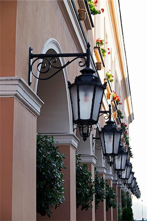 quaint - Close-up of a row of lanterns on buildings, Old Town, Warsaw, Poland. Stock Photo - Premium Royalty-Free, Code: 600-08232142