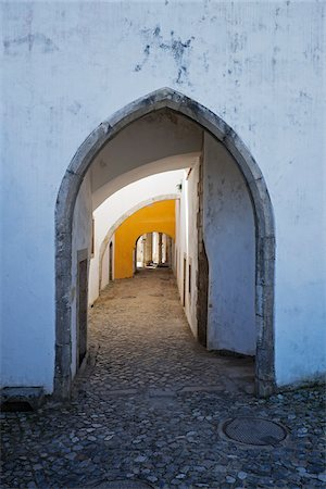 portuguese (places and things) - Archway at National Palace of Sintra, Portugal Stock Photo - Premium Royalty-Free, Code: 600-08770128