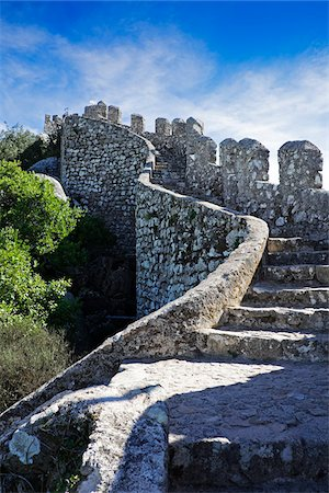 portuguese (places and things) - Castle of the Moors in Sintra Municipality, Portugal Stock Photo - Premium Royalty-Free, Code: 600-08770130