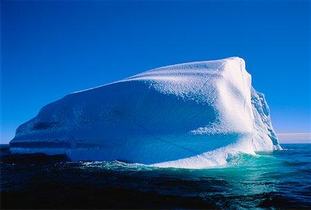 Iceberg, Labrador Sea Newfoundland and Labrador, Canada Stock Photo - Premium Royalty-Free, Code: 600-00026059