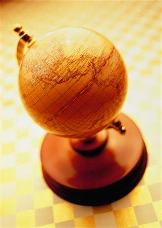 Globe on Stand Stock Photo - Premium Royalty-Free, Code: 600-00046592