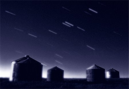 star trail black and white - Star Trails and Granaries Near Dorothy, Alberta, Canada Stock Photo - Premium Royalty-Free, Code: 600-00040965