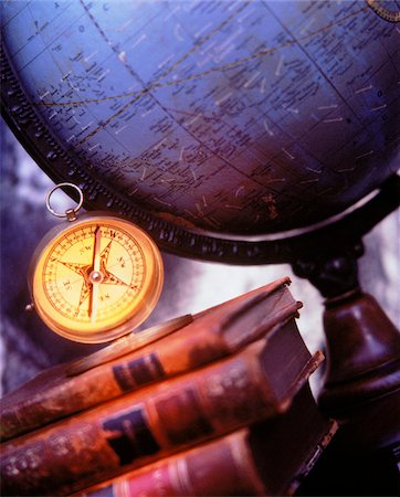 Globe, Books and Compass Stock Photo - Premium Royalty-Free, Code: 600-00042441