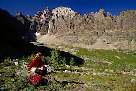simsearch:600-00846421,k - Girl Sitting on Ground at Yoho National Park, BC, Canada Stock Photo - Premium Royalty-Free, Code: 600-00067197
