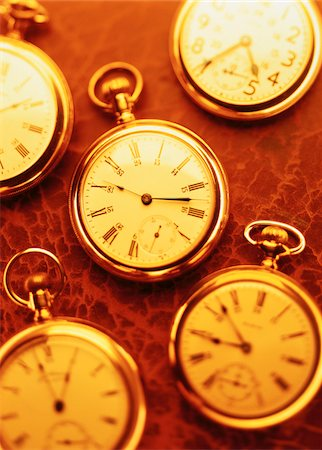 Various Pocket Watches Stock Photo - Premium Royalty-Free, Code: 600-00061060