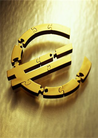 European Currency Symbol as Jigsaw Puzzle Stock Photo - Premium Royalty-Free, Code: 600-00077358