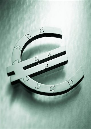 symbol - Euro Symbol as Jigsaw Puzzle Stock Photo - Premium Royalty-Free, Code: 600-00077465