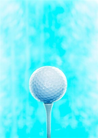 Golf Ball on Tee Stock Photo - Premium Royalty-Free, Code: 600-00199206