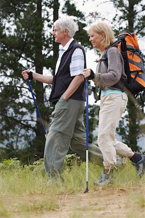 simsearch:600-00846421,k - Couple Hiking Stock Photo - Premium Royalty-Free, Code: 600-00846422