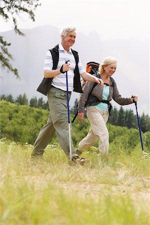 simsearch:600-00846421,k - Couple Hiking Stock Photo - Premium Royalty-Free, Code: 600-00846423