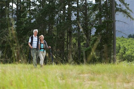 simsearch:600-00846421,k - Couple Hiking Stock Photo - Premium Royalty-Free, Code: 600-00911889